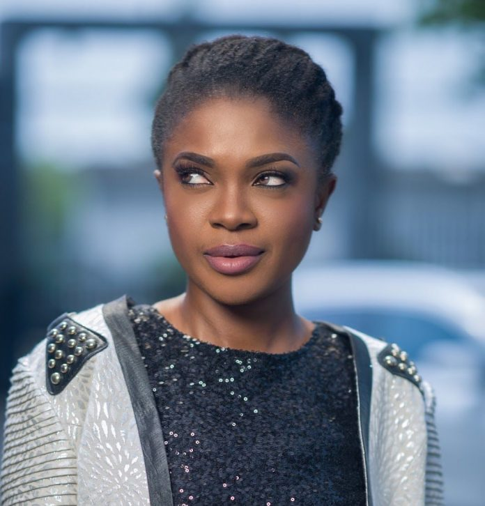 omoni oboli feature