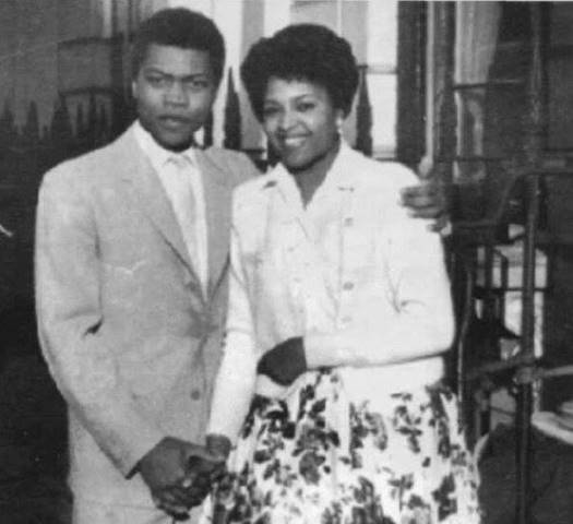Younger Fela with first wife, Remilekun Taylor