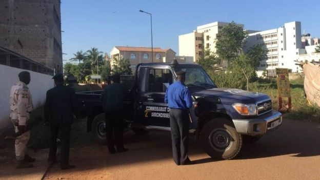 mali_hotel_attack_security_vehicles