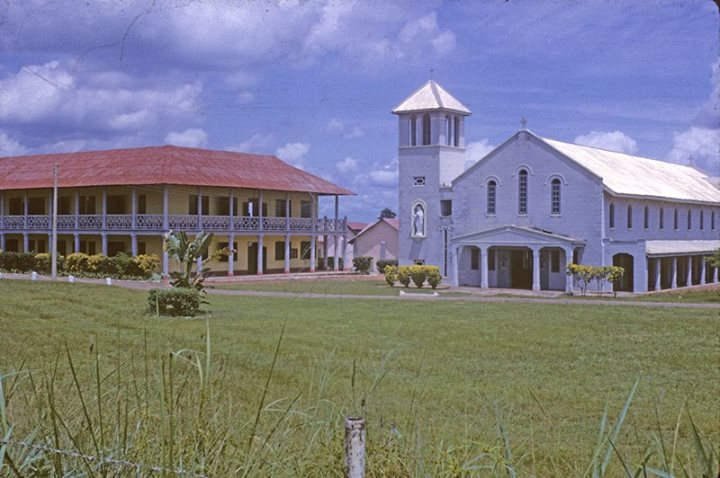 CKC-Christ-the-king-College-Onitsha.-Central-buildings-1961