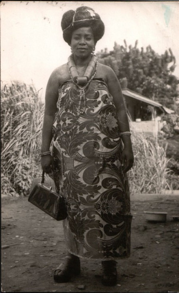 Delta woman wearing damask 1977