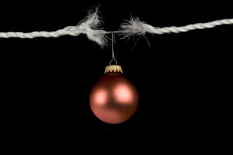 Frayed-rope-with-christmas-bauble
