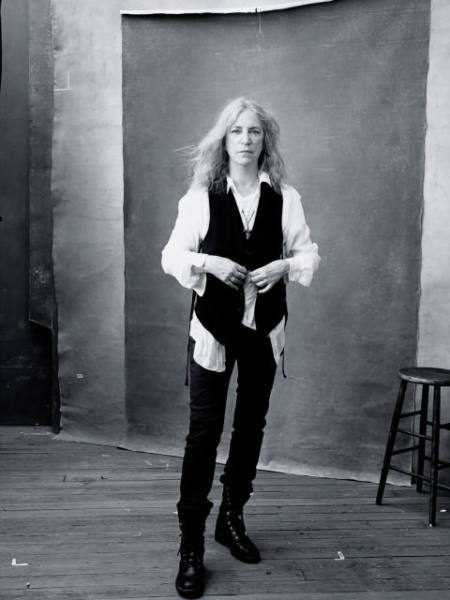 pirelli-calendar-2016-november-patti-smith