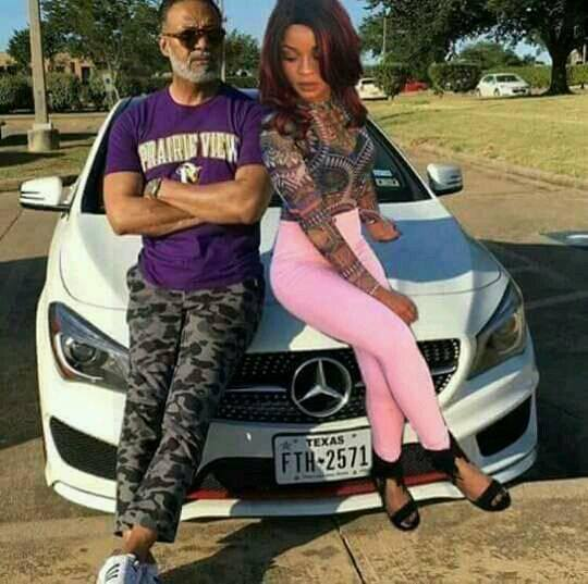 ©Facebook|Irvin Randle and Photoshop Girl