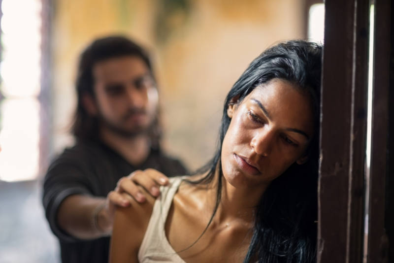 Social issues, domestic violence with young husband trying to reconcile with abused wife (self-handicap)