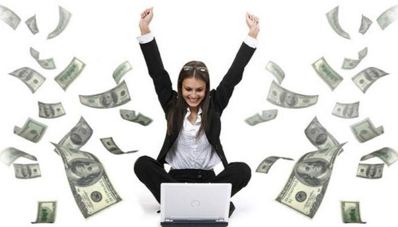woman-with-cash (economy)