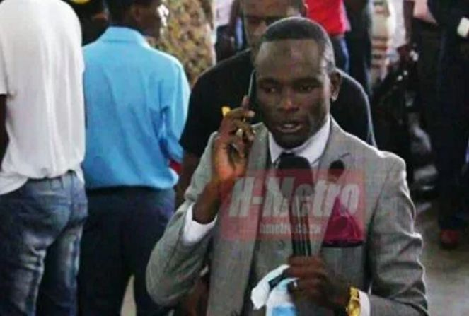 Meet-The-Pastor-And-Anointed-Man-Of-God-Who-Receives-Phone-Calls-From-God-And-Has-His-Direct-Number